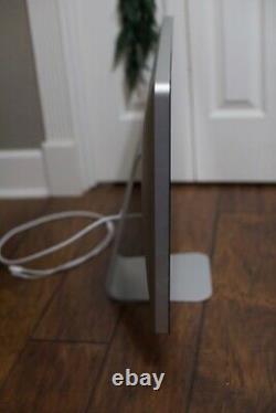 Apple 27in Thunderbolt Display