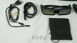 Sony PlayStation 3D Display LED LCD Monitor with 2 pairs of glasses, no game